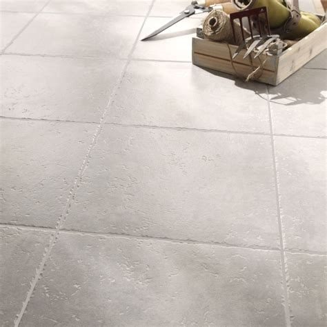 peindre facade cuisine carrelage sol et mur gris clair effet michigan l 34