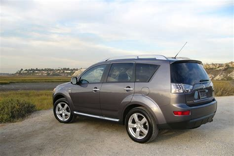 Mitsubishi Outlander 2009 by 2009 Mitsubishi Outlander Reviews Specs And Prices Cars