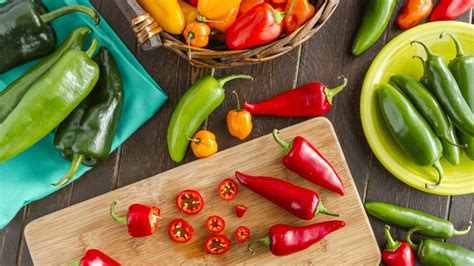 easy guide   types  peppers   cook