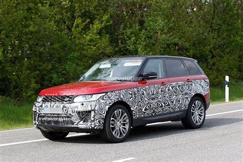 2017 Range Rover Sport Facelift Spied Inside & Out