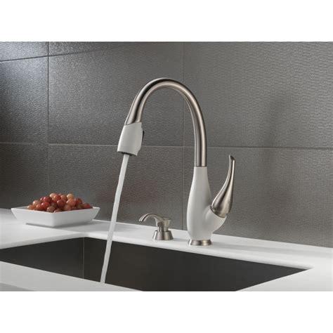 Biscuit Single Handle Kitchen Faucet