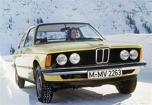 Argus Bmw Serie 3 : vid o du jour la bmw s rie 3 f te ses 40 ans voitures anciennes auto evasion forum auto ~ Gottalentnigeria.com Avis de Voitures