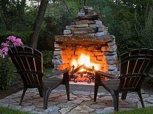 Feuer Kamin Garten : feuer im garten wand beet kamin pinterest garten feuerstelle und feuer ~ Markanthonyermac.com Haus und Dekorationen