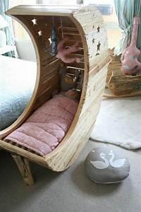 Baby Wiege Holz : 40 einzigartige babybetten modelle ~ Frokenaadalensverden.com Haus und Dekorationen