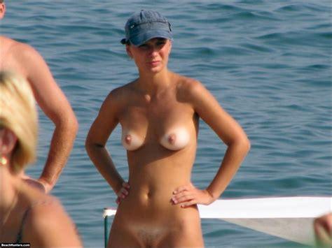 Nude Volleyball Girls