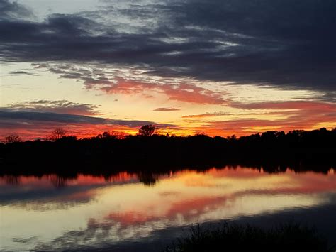 Best Lakes For The Perfect Sunset!  Oakland County