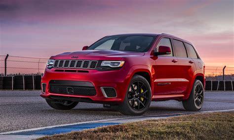 trackhawk jeep cherokee new york auto show 2017 jeep grand cherokee trackhawk