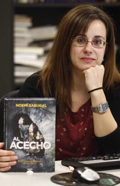 Reseña De Literatura Al Acecho De Noemí Sabugal Xxxi