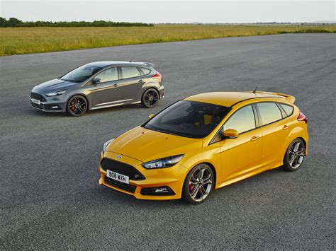 Ford St by New Revised Ford Focus St Engagesportmode