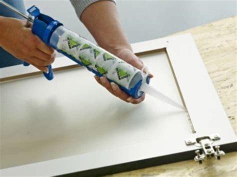 vitrage cuisine comment poser un vitrage dans un meuble de cuisine leroy merlin