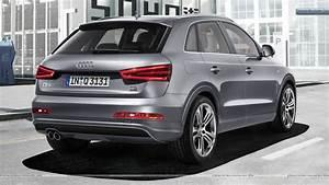 Audi Q3 S Line : 2012 audi q3 quattro s line back pose silver color wallpaper ~ Gottalentnigeria.com Avis de Voitures