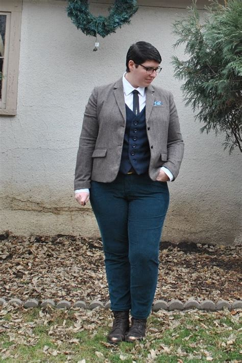 Best Androgynous Attire For Interviews Work Images