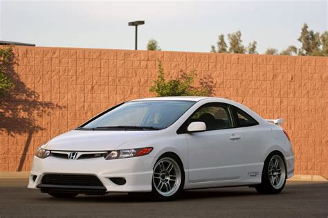 honda-civic-si-sedan-white-enkei-rpf1 - Rides & Styling