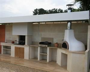 Barbecue En Dur : pingl par mousslondon sur dalle terrasse pinterest ~ Melissatoandfro.com Idées de Décoration