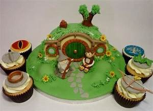 Herr Der Ringe Torte : 20 awesome lord of the rings and hobbit cakes ~ Frokenaadalensverden.com Haus und Dekorationen