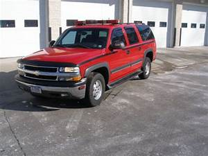 Purchase Used 2003 Chevy Suburban 4x4  Fire Service Vehicle  1500 Model With 5 3 V