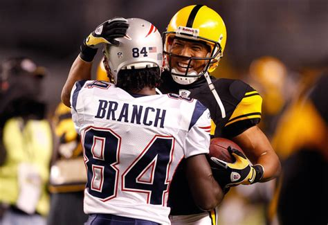 deion branch pictures  england patriots  pittsburgh