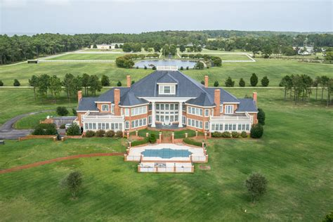 This Virginia mansion was for sale for $42 million. Now it ...