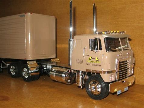 model semi trucks 111 best images about trucks in scale on pinterest