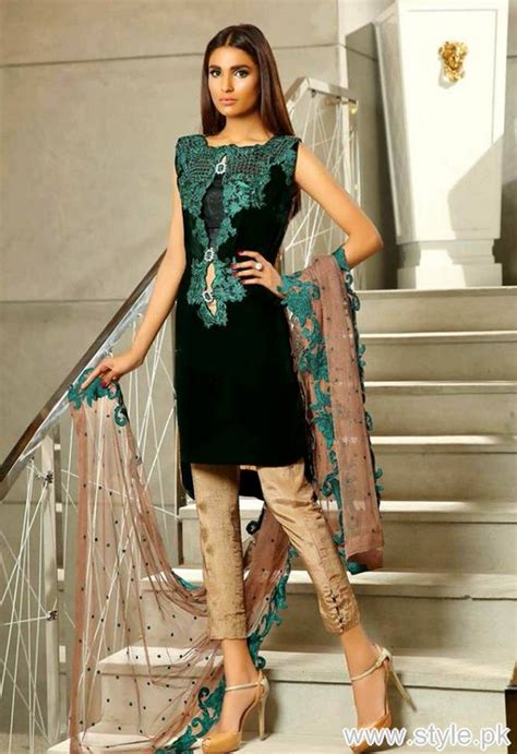 women clothing collection for new year 2016 2017 thankar sobia nazir winter collection 2016 for