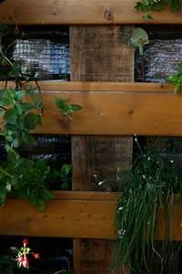 Europalette Regal Anleitung : kr uterregal f r den balkon bezauberndes leben ~ Whattoseeinmadrid.com Haus und Dekorationen