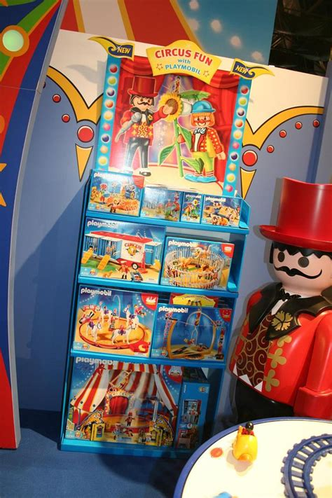 toy fair  coverage playmobil parry game preserve