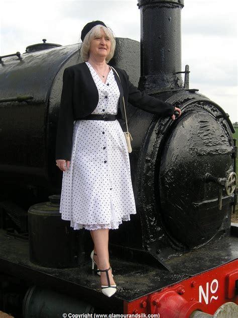 Archiveoffoldwomen Blogspot Com Granny Glamour