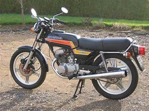 Honda 125 Twin : honda cb 125 twin my first motorcycle 1982 memories ~ Melissatoandfro.com Idées de Décoration