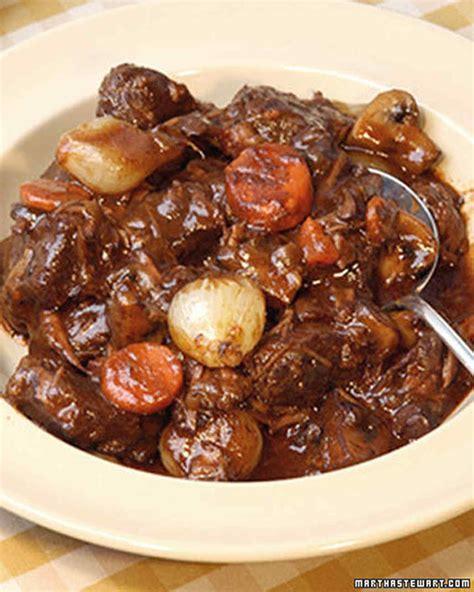cuisiner bourguignon boeuf bourguignon recipe martha stewart