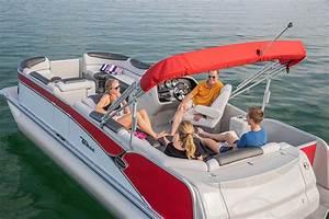 Cascade Rear J Lounger Pontoon Boat