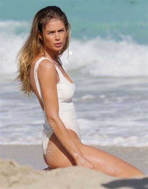 hottest doutzen kroes bikini images