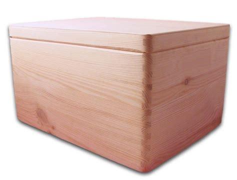 aufbewahrungsbox holzkiste mit deckel ohne griffl 246 cher kiefer gr 3 aufbewahrungsboxen aus