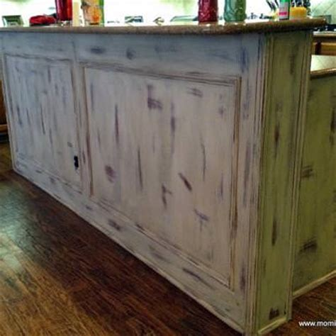 chalk paint kitchen island chalk paint kitchen island before and after tip junkie 5217