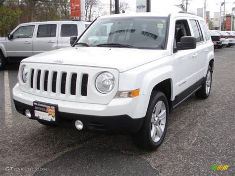 jeep patriot white 2011 bright white jeep patriot latitude 4x4 64034324