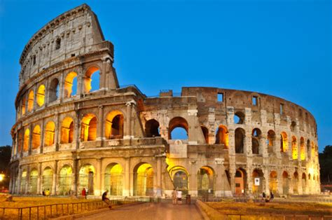 ruins  history  roman colosseum traveler corner