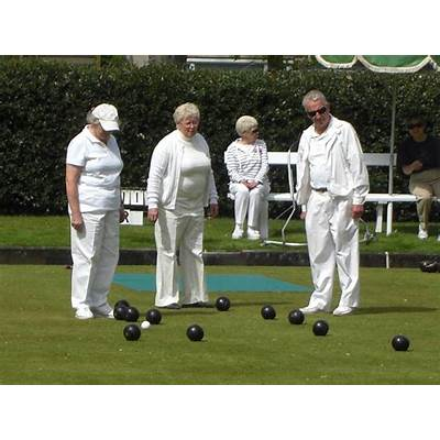 Dunbar Lawn Bowling Club – Life