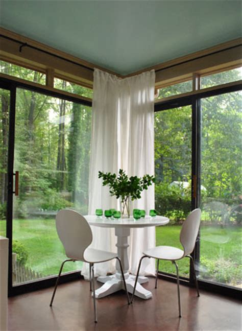 How To Hang Corner Curtain Rods (& Painting The Ceiling