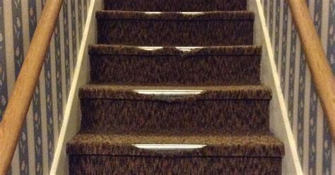 Removing Indoor/outdoor Carpet From Stairs Town And Country Carpet Mn Cleaning With Vinegar Recipe Repair Cleveland Tn How To Get Black Eyeliner Out Of Cream Much Does It Cost 3 Small Bedrooms Coit Reviews Omaha Empire West Palm Beach Fl Removing Glue From Tiles