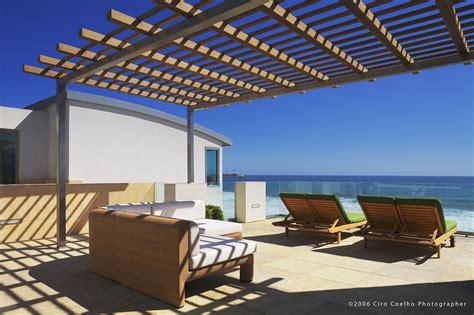 California Beach House. Stunning Seacliff Beach Garden