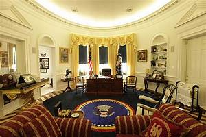 Photos  Us White House Fan Builds  U00a3150 000 Replica Of Oval