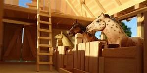 Pferdestall Aus Holz : pferdestall f r schleich pferde st lle kutschen tack schneidebretter ~ Eleganceandgraceweddings.com Haus und Dekorationen