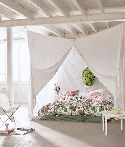 Une Chambre Cocon Avec Des Voilages