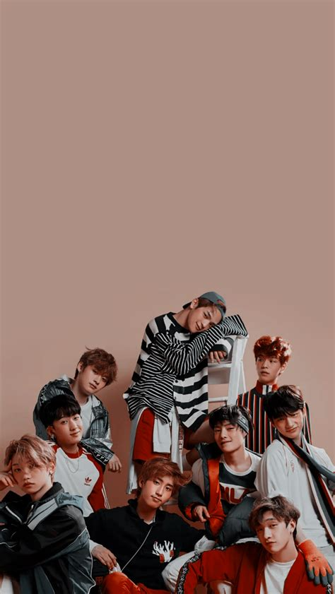 Stray kids wallpapers is an application that provides high quality wallpaper for stray kids fans. stray kids wallpapers - lockscreen   Stray kids seungmin, Kids wallpaper, Felix stray kids