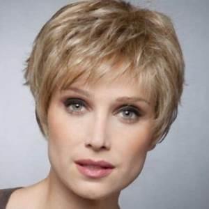 Model Coiffure Femme : modele coupe cheveux court femme 50 ans ~ Medecine-chirurgie-esthetiques.com Avis de Voitures