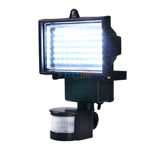 solar power  led pir motion sensor security light flood
