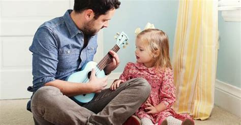 La Pelea Entre Un Padre Y Su Hija Es Muy Adorable