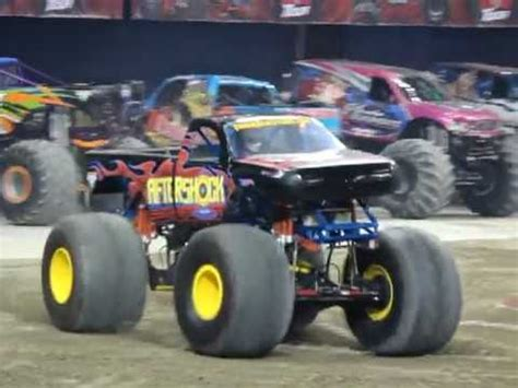 monster truck show toronto aftershock monster jam toronto 2013 youtube