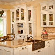 cabinets to go ventura paint ideas on pinterest benjamin moore paint colors