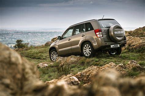 Suzuki Car : 2014 Suzuki Grand Vitara Review, Prices & Specs