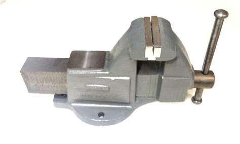 wilton   machinists bench vise  stationary